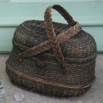 panier ancien - Brocante du Prieuré - panier de pêche - panier de chasse