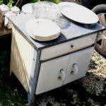 meuble de cuisine vintage - Brcoante du Prieuré - émail
