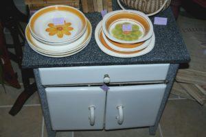 meuble de cuisine en tôle émaillée Brocante du Prieuré