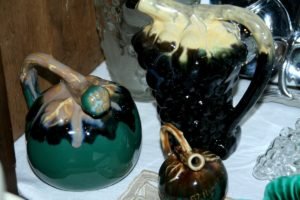 flacons fruits Brocante de la Pointe Minard fête des grands-mères