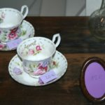 tasses anglaises Brocante du Prieuré cadeaux