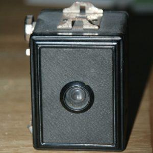appareil photo vintage à la Brocante de la Pointe Minard de Plouézec, près de Paimpol