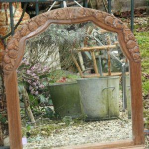 miroir biseauté art déco fleurs à la Brocante de la Pointe Minard à Chichée près de Chablis
