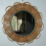 miroir rond vintage en osier à la Brocante du Prieuré à Chichée près de Chablis